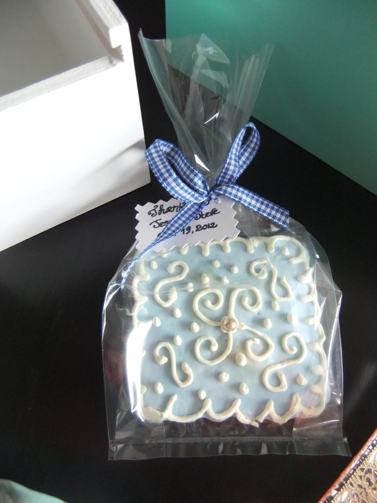 Cookies come individually packaged in cellophane and tied with your choice of ribbon.