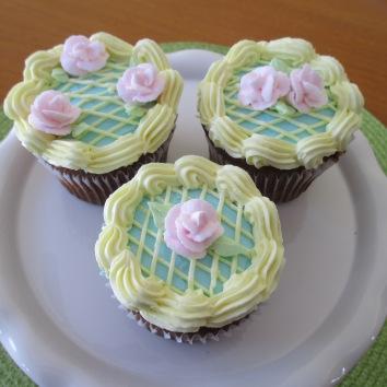 Easter Garden Cupcakes.