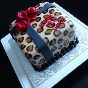 Leopard Themed cake, hand painted